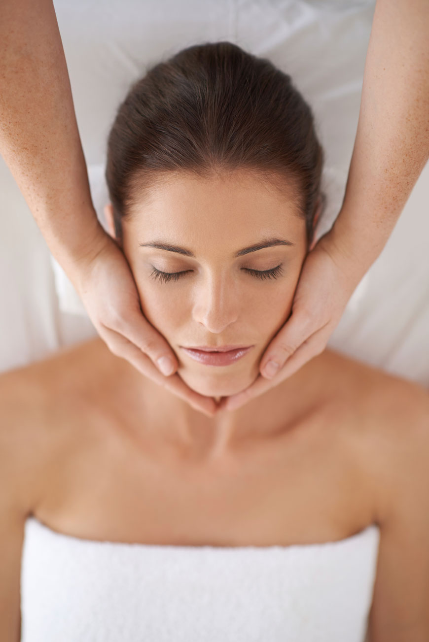 Advanced Facelift Massage